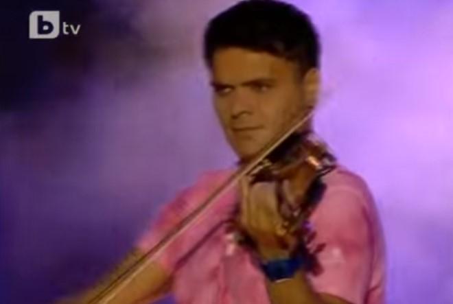 """Той е бог на цигулката! Страхотно изпълнение на Васко Василев на песента на Емил Димитров """"Ако си дал"""" (ВИДЕО)"""