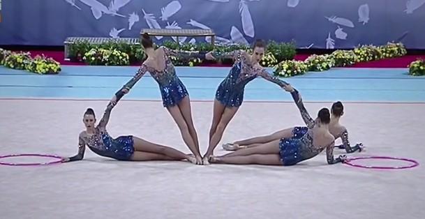Това съчетание спечели златото на бухалки и обръчи! Вижте изпълнението на нашите гимнастички! (ВИДЕО)