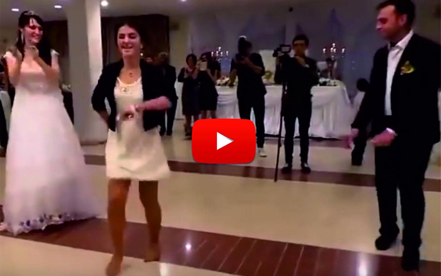 ВЕСЕЛИЕ до ДУПКА!На тази сватба танците са страхотни! Но вижте какво стана, когато излезе КУМАТА! (ВИДЕО)