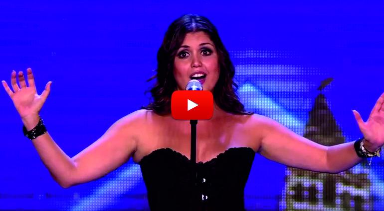 ИСТИНСКИ ТАЛАНТ! Когато излезе на сцената, 37-годишното момиче успя да изправи публиката НА КРАКА! (ВИДЕО)
