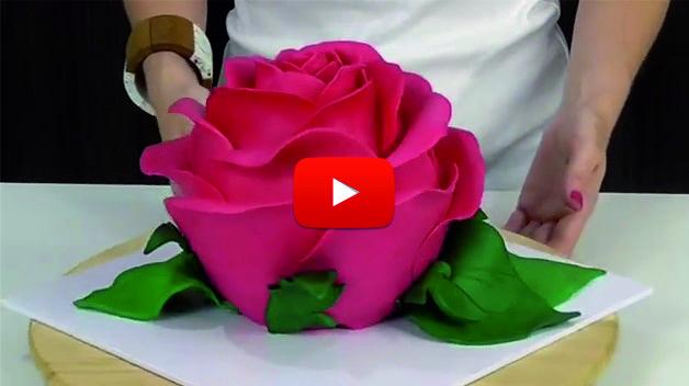 Не можете да си представите какво съдържаше тази ТОРТА с формата на роза! Ще останете ИЗНЕНАДАНИ! (ВИДЕО)