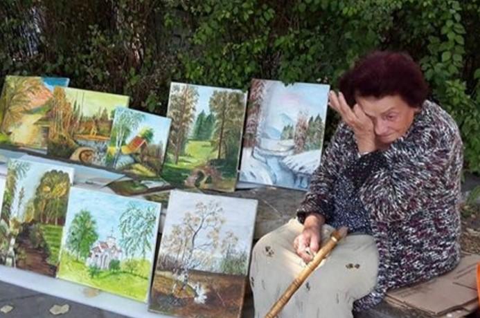 Достойно за уважение! Вижте историята на баба Костадинка, която разплака всички!
