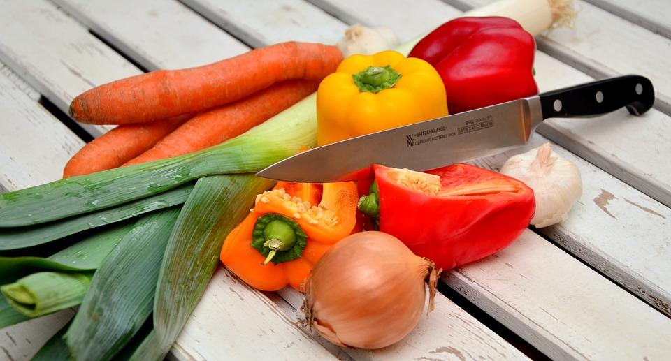 Идва сезонът на туршиите, какво става с цените на зеленчуците