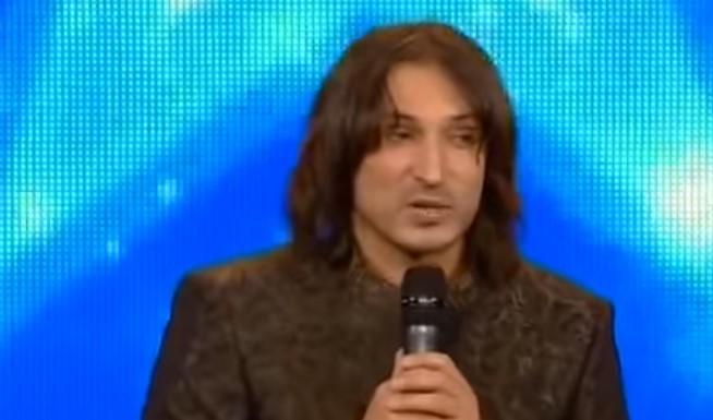По какъв начин този мъж успя да смае съдиите и публиката само! Вместо да започне да пее, той направи нещо удивително! (ВИДЕО)