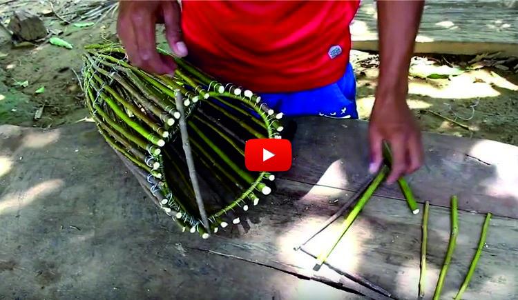 УДИВИТЕЛНА технология за ловене на риба! Вижте как ловят рибата в Камбоджа с подръчни средства! (ВИДЕО)