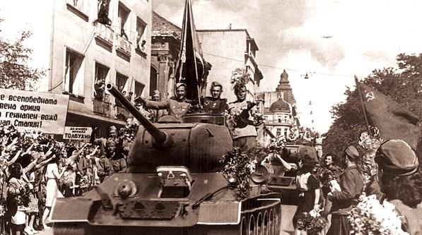 9 септември 1944 г. 72 години по-късно – повод за празнуване или за траур е датата, която раздели българския народ на две?