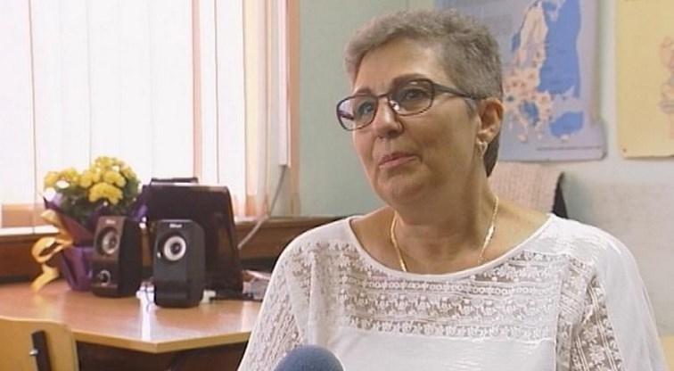 Трогателна история: Как деца спасиха учителката си и я върнаха в класната стая!