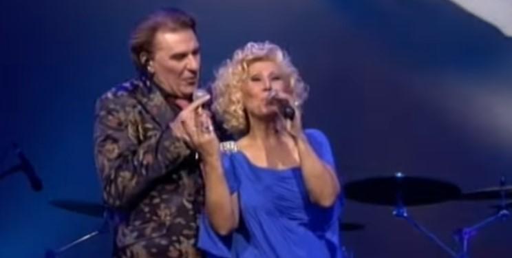 Песента, на която няма как да не поканите своята половинка! Един от най-добрите български дуети! (ВИДЕО)