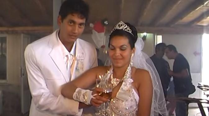Пищна ромска сватба взриви социалните мрежи! Над 6 милиона гледания скандализираха българското общество! (ВИДЕО)