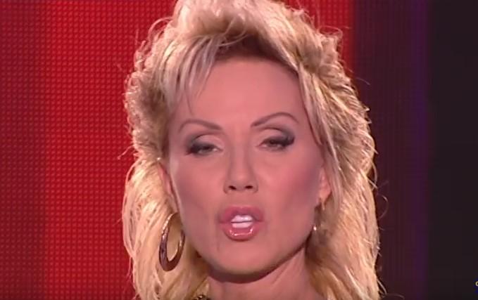 Поздрав за всички ценители на хубавата сръбска музика! Певицата няма нужда от представяне (ВИДЕО)