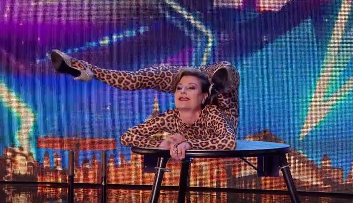 """Българка взриви английското шоу """"Великобритания търси талант""""! Вижте страхотното й изпълнение (ВИДЕО)"""