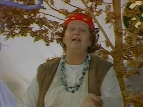 Помийните ями посегнаха и на голямата Татяна Лолова! Надзъртат в личния й живот, тя отговаря с…талант
