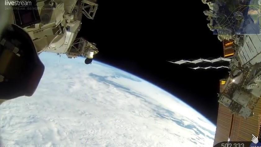 НЕВЕРОЯТНА ГЛЕДКА НА ЗЕМЯТА! НА ЖИВО 24/7 от Международната космическа станция на НАСА! ЩЕ ОСТАНЕТЕ БЕЗ ДЪХ… (ВИДЕО)