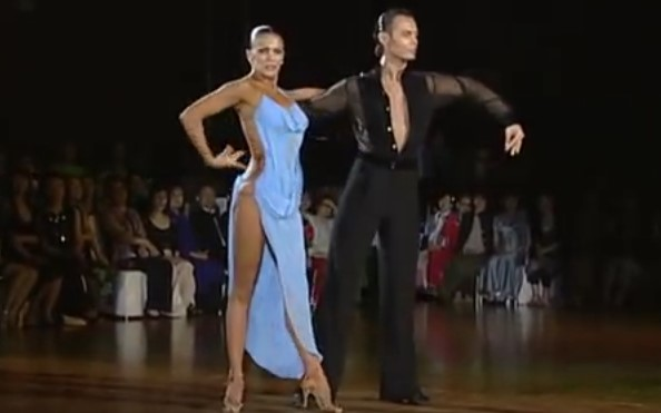 Това изпълнение ще ви накара да затаите дъх! Това е една от най-добре танцуващите двойки (ВИДЕО)
