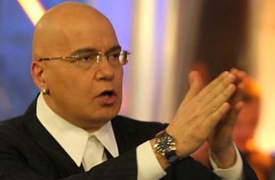 Слави Трифонов матира политиците! Направи нещо, което хвърли жълтите павета в паника