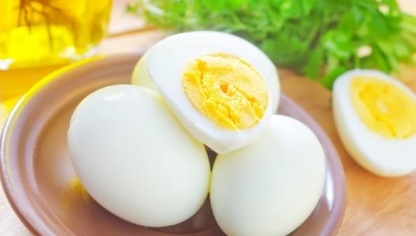 ВСЕКИ ТРЯБВА ДА Е НАЯСНО: Само едно яйце на ден ни ПАЗИ ОТ ДВЕТЕ НАЙ-СМЪРТОНОСНИ БОЛЕСТИ…