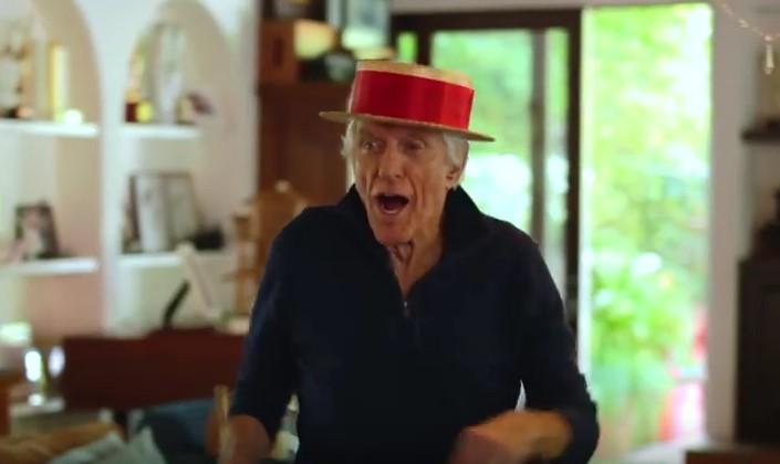 Когато този 90-годишен започва да танцува, онемях! Но съвсем полудях, когато видях как се включи и съпругата му (ВИДЕО)
