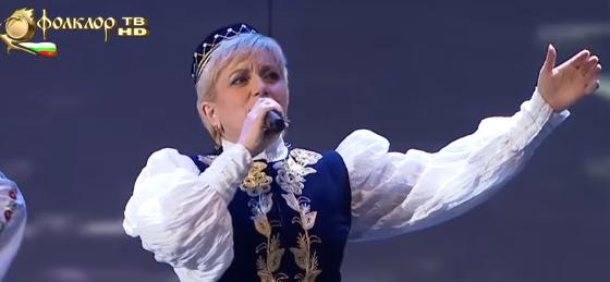 ПРЕКРАСНА ПЕСЕН! Насладете се на изпълнението на ТАЛАНТЛИВАТА Николина Чакърдъкова! (ВИДЕО)