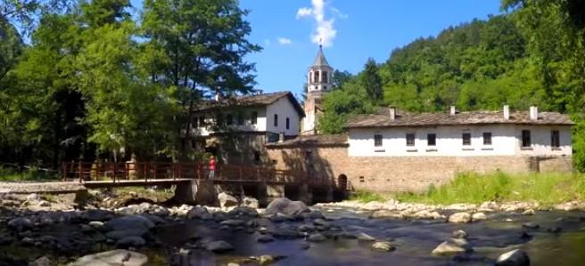 Изумителна природа и страхотен манастир! Няма да съжалявате, ако посетите Дряновския манастир (ВИДЕО)