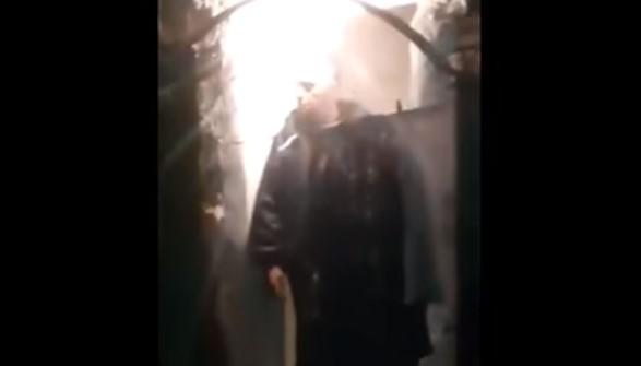 Не може да ходи и говори! Кьоркютук пиян лекар от спешна помощ отиде да преглежда пациент (ВИДЕО)