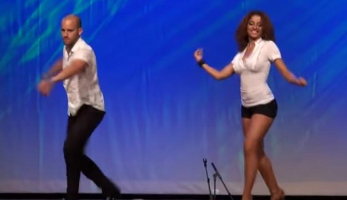 """Това изпълнение на доминикански танц, наречен """"Бачата"""" накара милиони хора да бъдат очаровани (ВИДЕО)"""