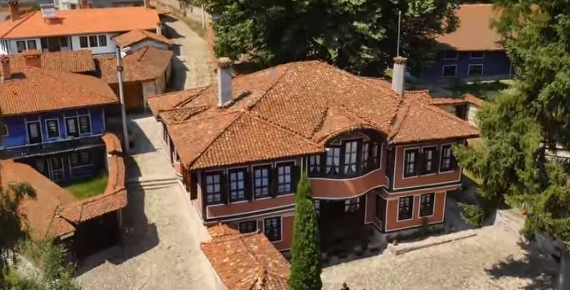 Живописно историческо малко градче – място, което всеки българин трябва да посети (ВИДЕО)