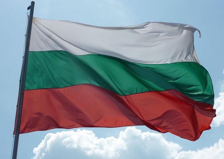 Български град на бунт. Оставят 24 000 души без лекарска помощ, затварят болницата в Пирдоп