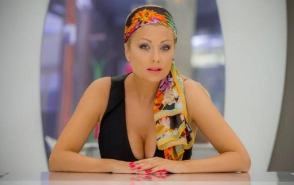 Черна вест я срина със земята! Топ журналист разплака Венета Райкова, оставя я без дом и пукната пара