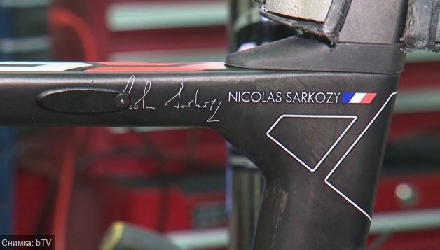 Саркози яхна български велосипед. Карбоновото бижу шашна французина, ще купува и за охраната си (СНИМКИ)