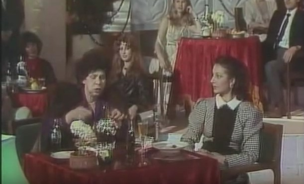 """Когато смехът беше истински! Един от най-добрите скечове на Стоянка Мутафова – """"Как да отслабнем"""" (ВИДЕО)"""