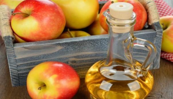 Ябълков оцет прави чудеса със здравето ви! Вижте как да го използвате, за да сте здрави