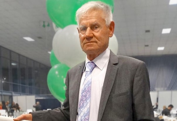 Тъжната изповед на 83-годишния д-р Явор Младенов. Селският лекар продължава да работи, защото няма кой да го смени
