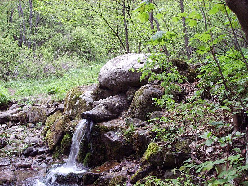 Знаете ли къде се намира Чешмата на щастието в България? Чудотворната чешма е на около 40 км от София
