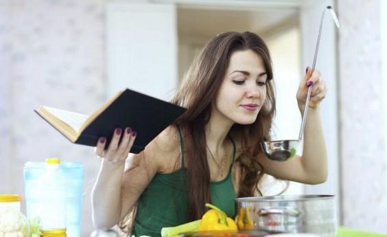 Не допускайте такава грешка по време на хранене и не се разсейвайте, за да не напълнявате излишно