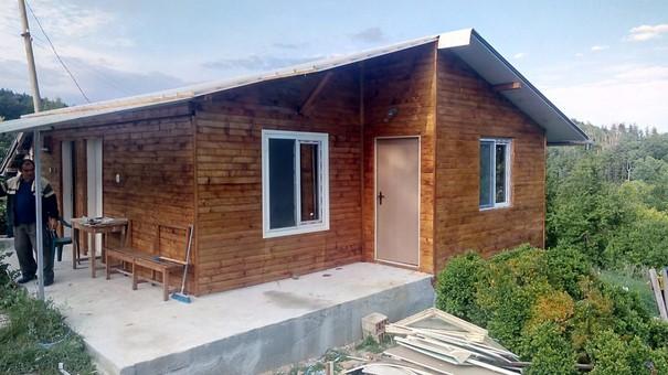 Предприемчив българин от велико Търново прави бързо и евтино уникални сглобяеми къщи