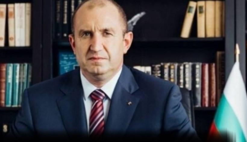 Доведеният син на президента Румен Радев направи истински фурор в САЩ (СНИМКИ)