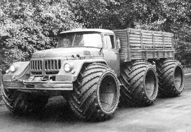Този звяр няма аналог в света! Ето го съветският военно транспортен ЗИЛ-131 (ВИДЕО)