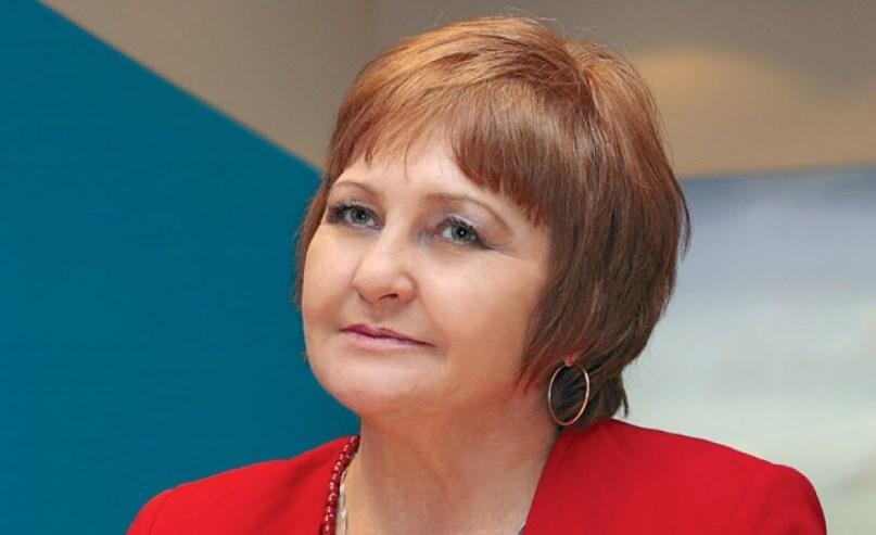 Диетологът проф. Донка Байкова съветва: Яжте умерено, пийте много течности