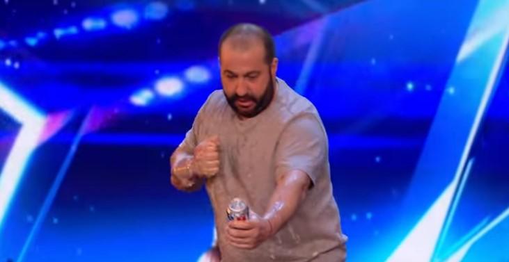 """Митьо Крика стигна до полуфиналите на """"Великобритания търси талант""""! Вижте как изуми журито! (ВИДЕО)"""