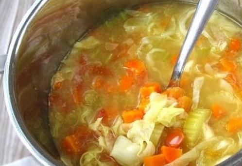 Уникална супена диета: Слабеете зверски, 10 килограма се топят за нула време
