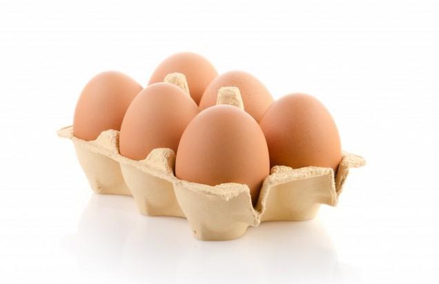 Здравни експерти: Грешим как се съхраняват яйца в хладилника