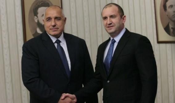Настъпи време разделно за президента Румен Радев. От този негов ход ще стане ясно дали е с Борисов