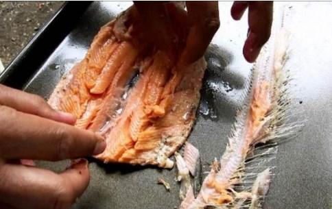 Как да обезкостим риба