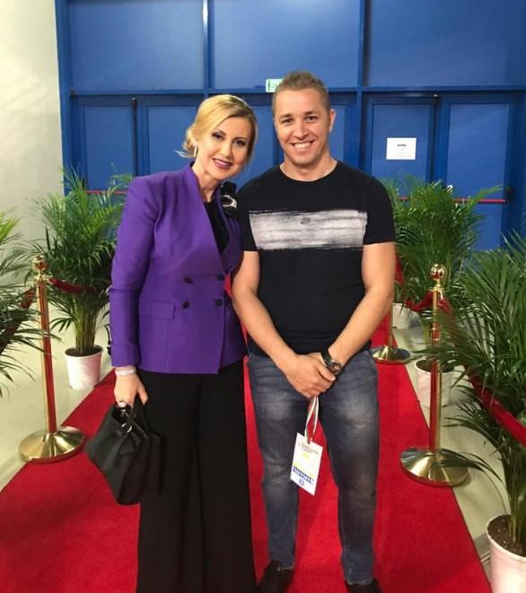 Илиана Раева с просълзяваща история! 33 години по-късно тя се срещна с млечния си син и... (СНИМКИ)
