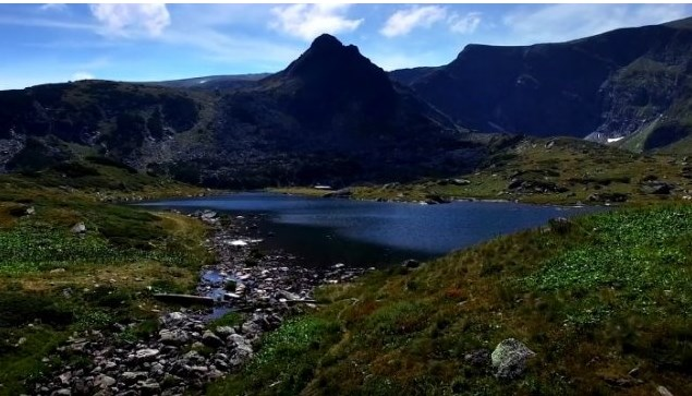 Много хора не проумяват каква е тази притегателна сила на българските планини, която кара мъже и жени да… (ВИДЕО)