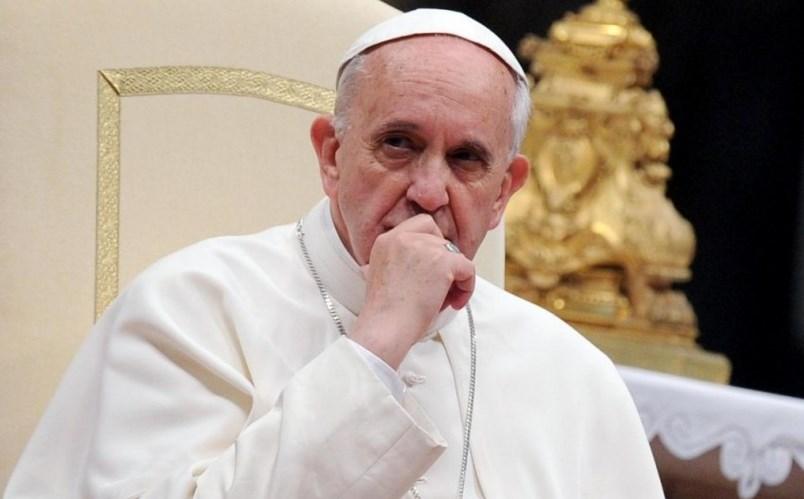 Нещо страшно ще се случи през май – папа Франциск знае, но говори с недомлъвки