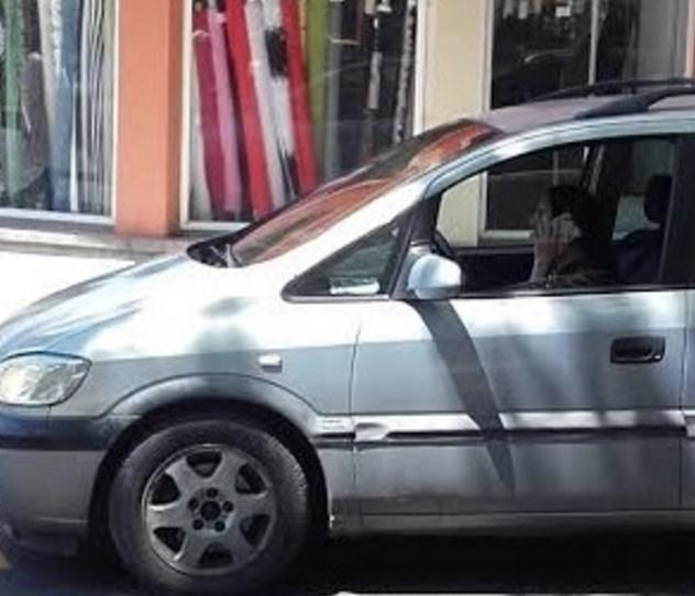 Няма да повярвате какво направи тази българска шофьорка. Цяло кръстовище се задръсти, защото телефон (СНИМКА)