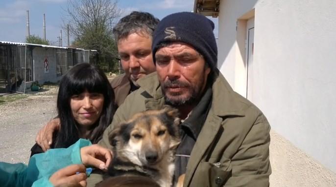 Добрата новина! Тази среща между бездомник и вярното му куче ще ви просълзи (ВИДЕО)