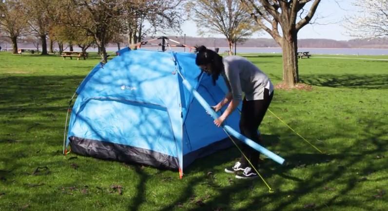 Седем хитри начина да направите своята палатка страхотно място за живеене (ВИДЕО)
