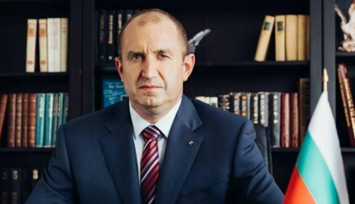 Президентът Румен Радев се вбеси и тропна по масата: Изтребителите не са кренвирши!